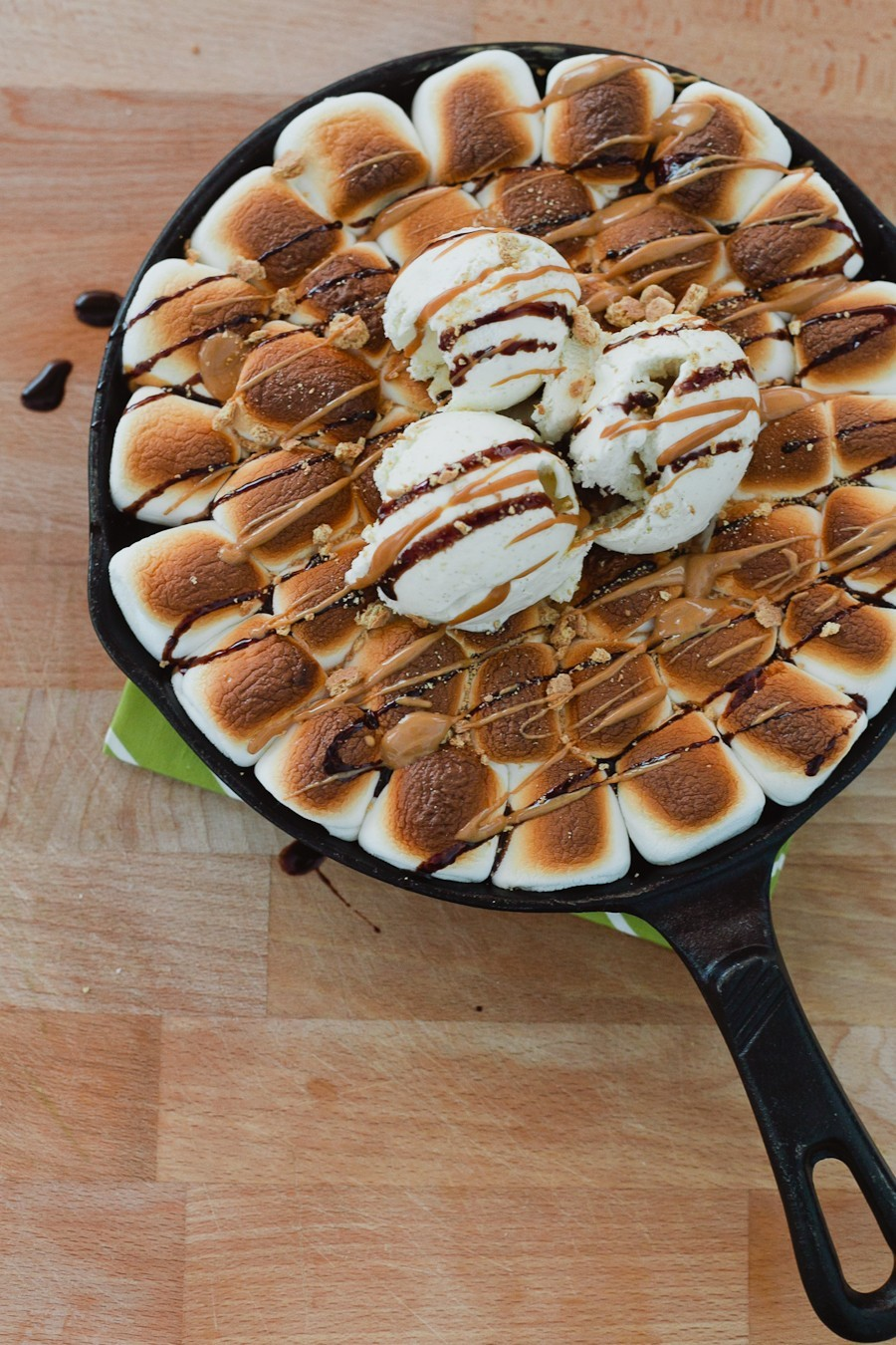Dark Chocolate Peanut Butter Smores Pizookie by popular Florida foodie blogger Fresh Mommy Blog