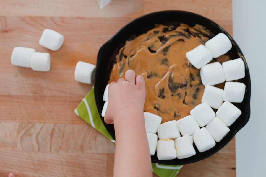 #SmoresWeek Dark Chocolate Peanut Butter Smores Skillet Cookie by Fresh Mommy Blog-5
