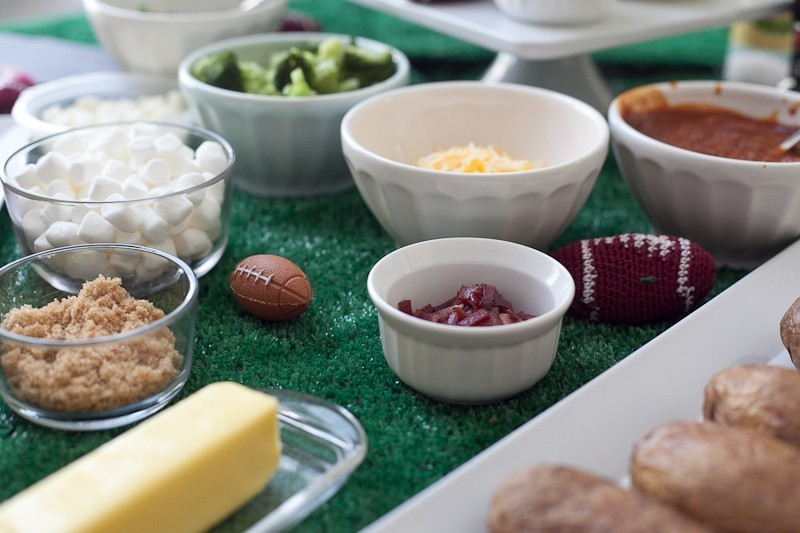 Create a delicious and easy potato bar to satisfy hungry appetites and a range of tastes!