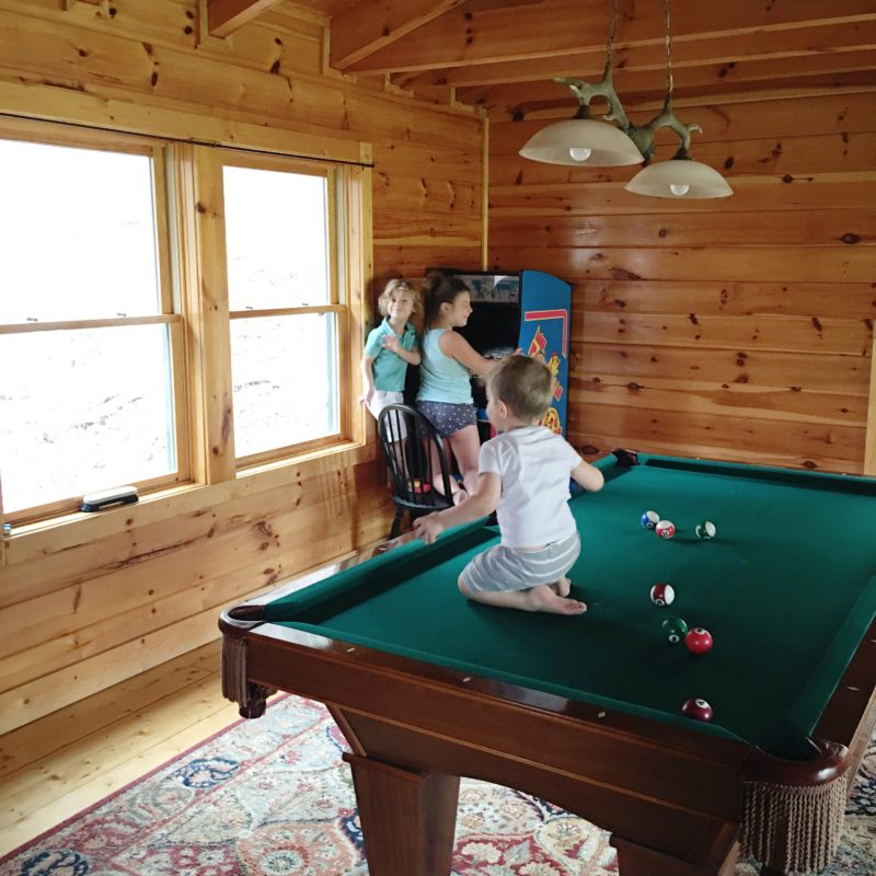 Pigeon Forge Family Fun Vacation Cabin Fever Vacations Pool Table
