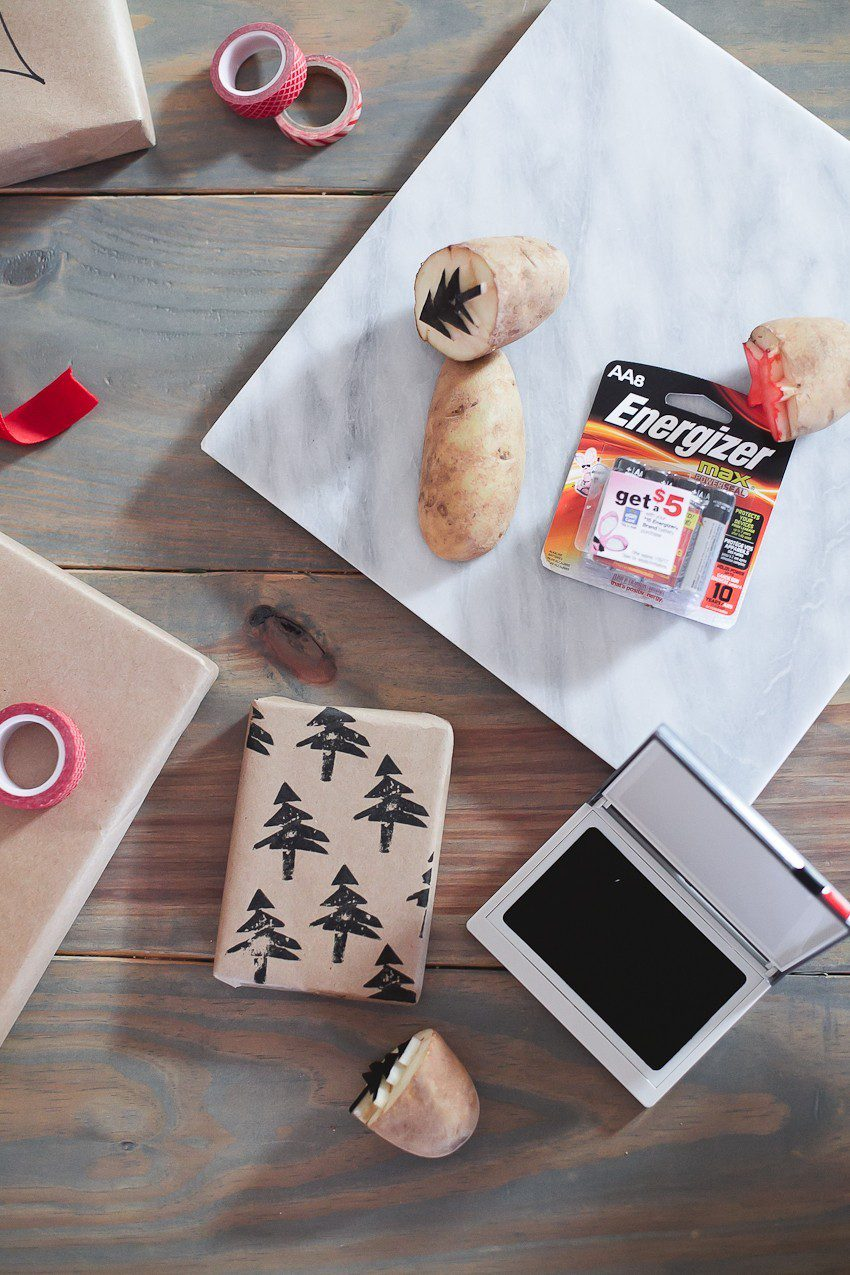 Save time and money with this easy and simple Christmas gift wrap hack! Gift wrapping ideas you can't miss, like using a potato to stamp your customized design.    Easy and simple Christmas gift wrapping ideas featured by top Florida life and style blog, Fresh Mommy Blog