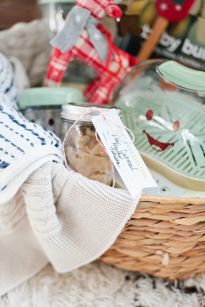 The Ultimate Baby Food Gift Basket for making homemade baby food + free printable!