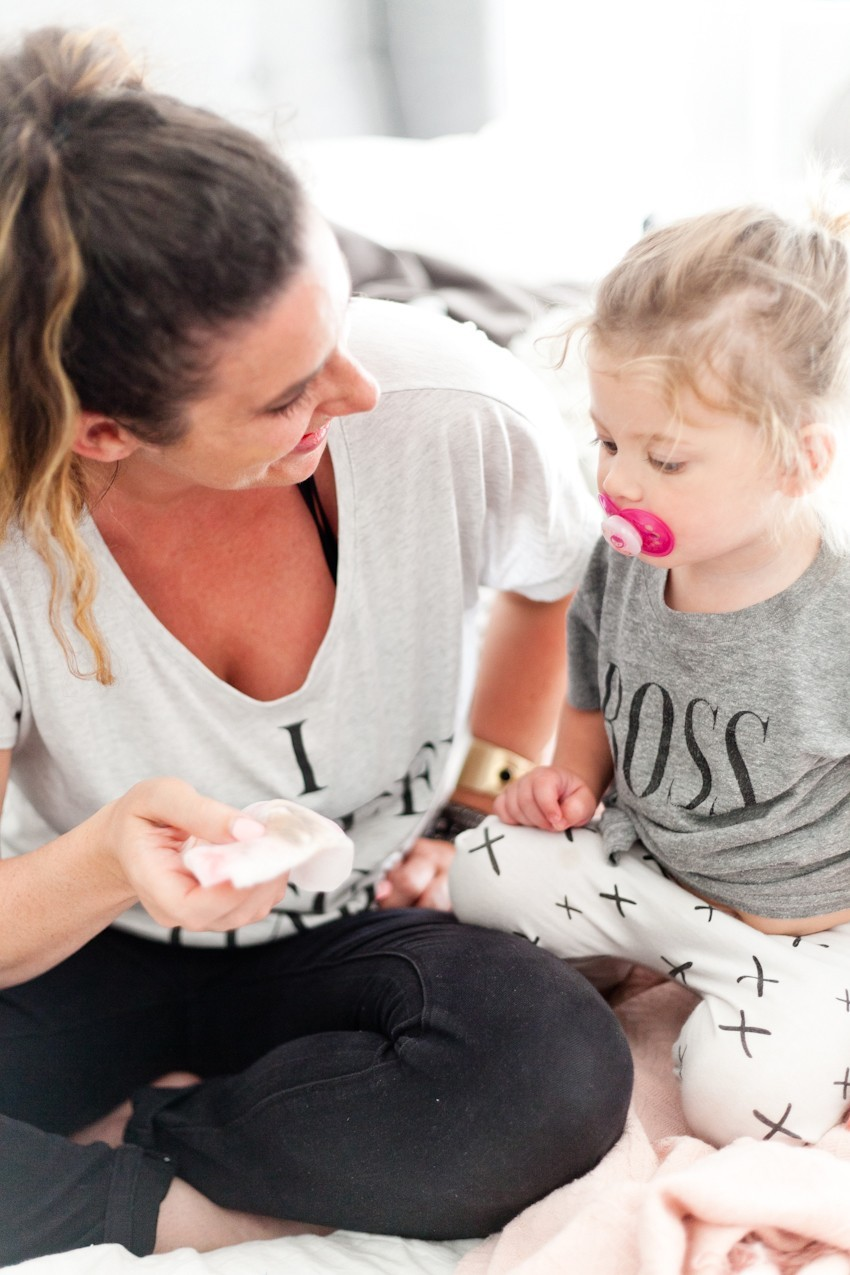 Balance is one of those words that I hear SO much, both in the world of motherhood and with the clients I work with! Today I'm sharing5 Ways to Have More Time in Motherhood and Entrepreneurship by popular Florida lifestyle blogger Fresh Mommy Blog