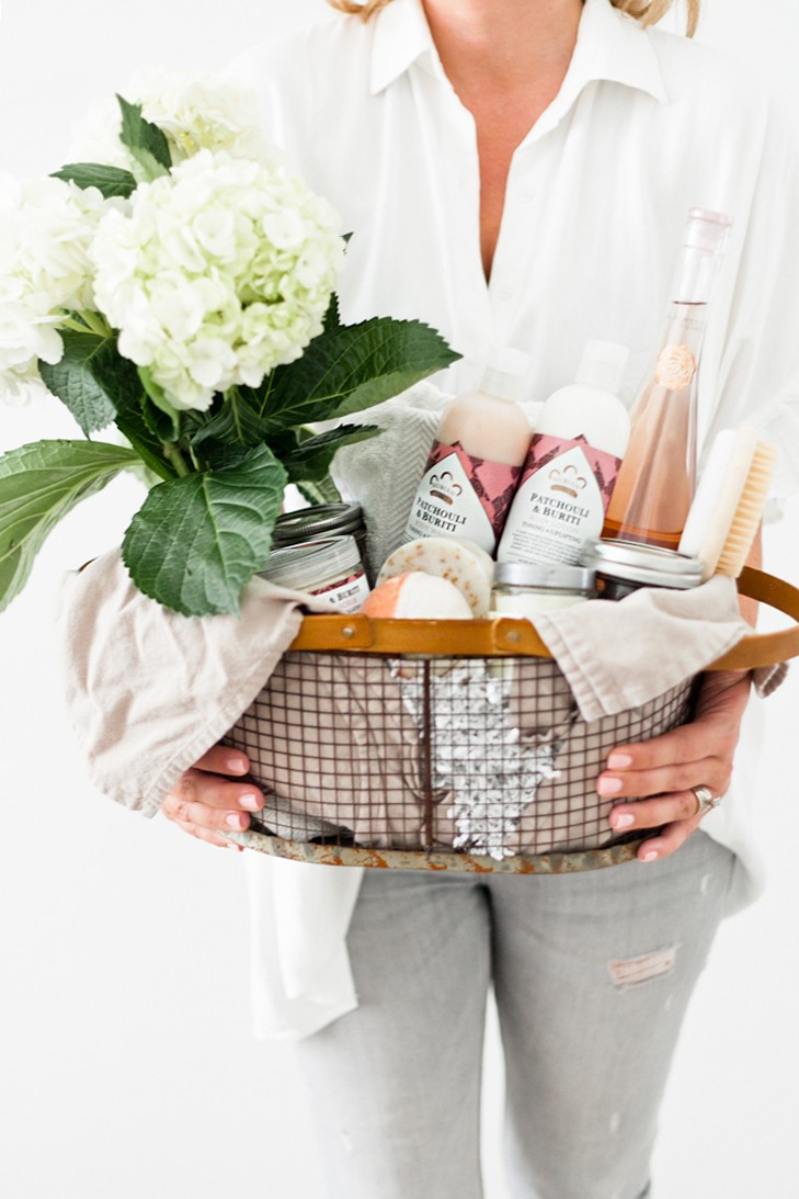 How to Create The Ultimate Pampering Mother's Day Gift Basket with gift basket ideas, shopping list and more for the perfect gift basket DIY. From popular Florida lifestyle and mom blogger Tabitha Blue of Fresh Mommy Blog - The Ultimate Pampering Mothers Day Gift Basket featured by popular Florida lifestyle blogger, Fresh Mommy Blog