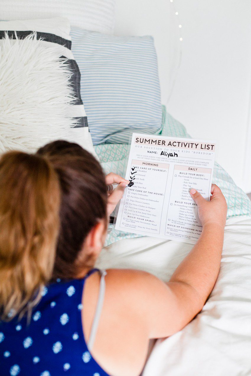 The Ultimate Summer Chores Checklist to Help Your Children Structure their Day! A Free Printable no screentime summer activity list for busting boredom, keeping the house clean and for kids to stay responsible by popular Florida lifestyle blogger Tabitha Blue of Fresh Mommy Blog.
