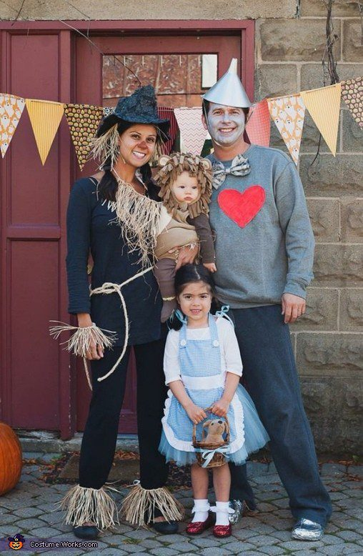 Wizard of Oz Family costume idea, plus 10 favorite family costumes (with ideas for baby too!) from popular Florida lifestyle blogger Tabitha Blue of Fresh Mommy Blog!   Cute Halloween Family Costume Ideas featured by top Florida lifestyle blogger, Fresh Mommy Blog: Wizard of Oz