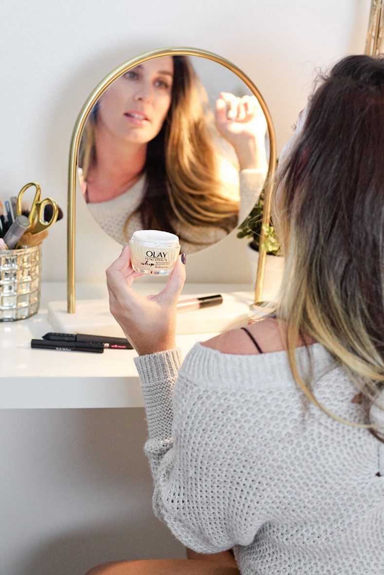 5 Minute Fresh Face: a Quick Everyday Makeup Routine Complete in Minutes featured by top Florida life and style blogger Tabitha Blue of Fresh Mommy Blog.
