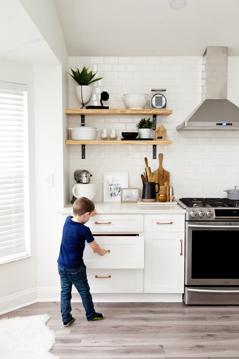 Kitchen Open Shelves tips featured by top US DIY blog, Fresh Mommy Blog