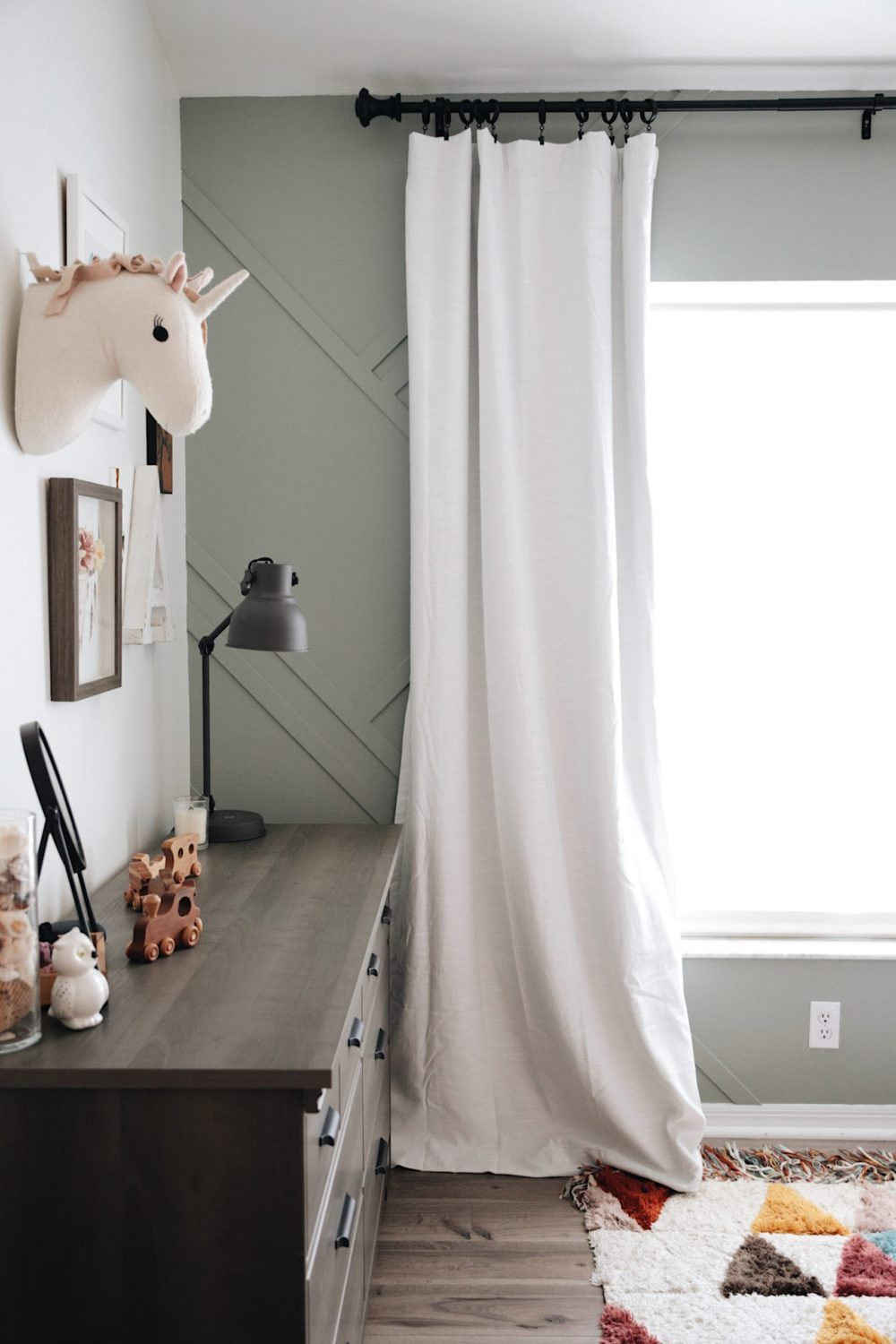 Gorgeous Wood Feature Wall + Shared Girl's Room