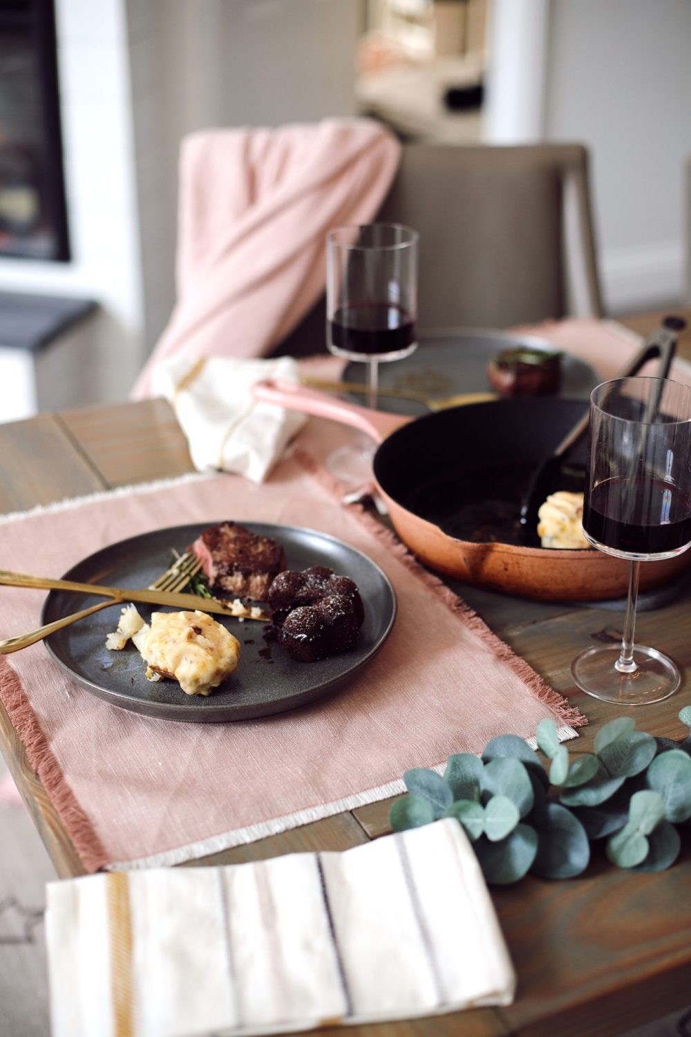 Easy at Home Valentines Day Ideas for Busy Parents, including the BEST meal. Perfect for a date night at home. Check out these valentines dinner ideas!