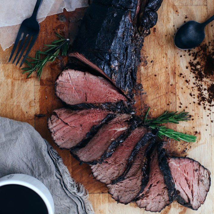 Best Way to Cook Beef Tenderloin with Espresso Crusted Chateaubriand Recipe from top Florida lifestyle blogger Tabitha Blue of Fresh Mommy Blog. How to get deliciously tender steak every time and the best coffee steak rub.