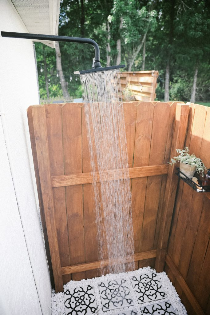 DIY Outdoor Shower Ideas on a Budget for the Ultimate Backyard Oasis   DIY Outdoor Shower by popular Florida DIY blog, Fresh Mommy Blog: image of a DIY outdoor shower.
