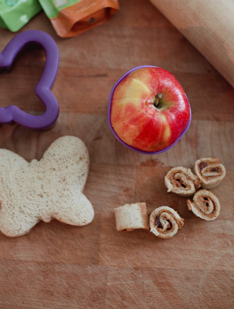 Lunch box hacks and free lunchbox jokes and note printables from Fresh Mommy Blog - Fun Lunch Box Hack by popular Florida lifestyle blogger Fresh Mommy Blog