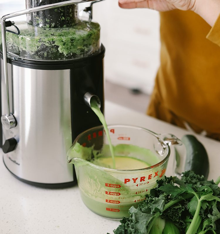 The Best Easy Clean Juicer Review for 2021: We tested easy clean juicers and this is what we found.