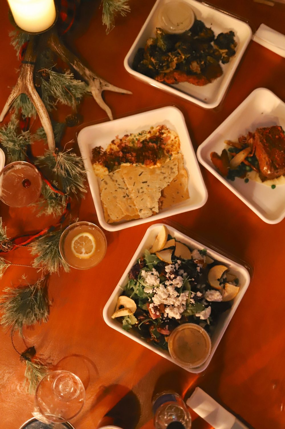 One of the Best Secret Winter Sun Destinations, Scottsdale Arizona. Family-friendly dinner at fun holiday pop up restaurant The Lodge at Scottsdale Christmas at the Princess |Guide by popular Florida travel blog, Fresh Mommy Blog: image of The Lodge food.