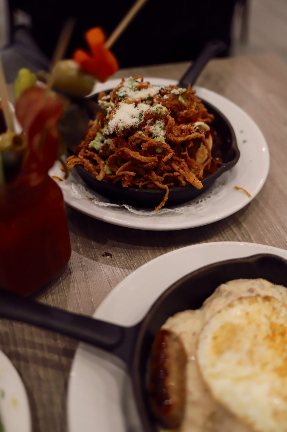 One of the Best Secret Winter Sun Destinations, Scottsdale Arizona. Family-friendly brunch at Hash Kitchen |Guide by popular Florida travel blog, Fresh Mommy Blog: image of food at Hash Kitchen.