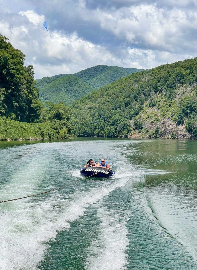 Best Things to Do in Bryson City NC with Kids - Boating on Lake Fontana